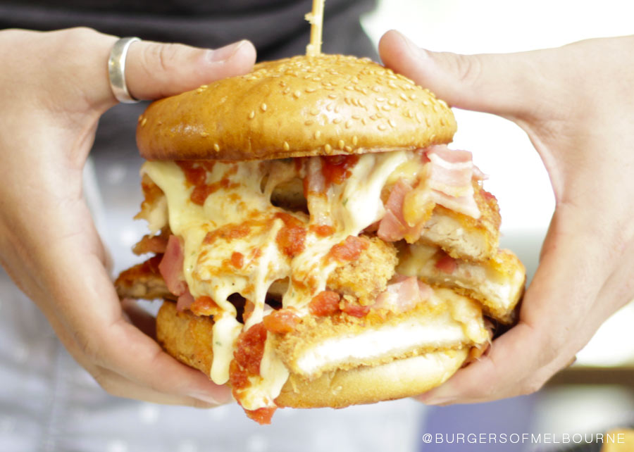 universal-burger-hold